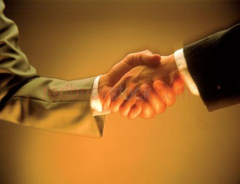 corporate;corporates;hand shake;handshake;shaking hands;business;businessmen;men;businessmen shaking hands;corporate handshake;corporate hand shake;business men shaking hands;businessman shaking hand;business man shaking hands;agreement;two people shaking hands;making a deal;business men making a deal;businessmen making a deal;executive;professional;business meeting;business meetings;teamwork;team work;agreeing;deal