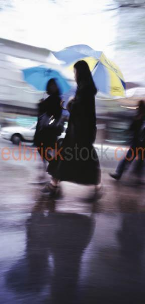 city;business;district;street;scene;busy;inner;rain;raining;umbr;