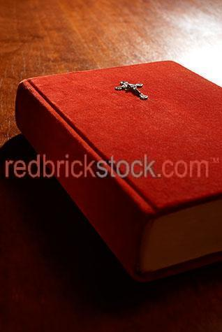 bible;bibles;book;books;closed bible;closed bibles;closed book;closed books;religion;religions;holy;god;religious;text;jesus;christian;christians;christianity;catholic;catholics;spirituality;spiritual;cross;crosses;crucifux;crucifixes;heaven;heavens;red;reds;colour red;color red;pray;prays;prayer;prayers;catholicism;preach;scripture