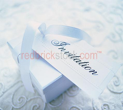 present gift wedding celebration box anniversary birthday gifts