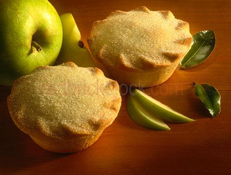 apple pie;apple pies;dessert;desserts;pie;pies;sweet;sweets;whole pie;whole pies;cooked;apple;apples;green apple;green apples;granny smith apple;granny smith apples;treat;treats;snack;snacks;pastry;pastries;bake;bakes;baked;bakery;bakeries;baking