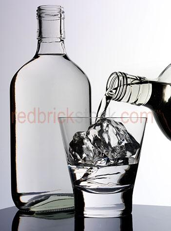 glass;glasses;alcohol;alcohols;alcoholic;beverage;beverages;drink;drinks;liquor;liquors;booze;liquid;liquids;spirit;spirits;gin;gins;juniper;dry gin;dry gins;bottle;bottles;ice;ice block;ice blocks;ice cube;ice cubes;pour;pours;pouring;filling glass;filling glasses;tumbler;tumblers;bubble;bubbles;fill;filled;fills;health;healthy;hydrate;hydrating;clear;pure;clean;refreshing;refresh;refreshment;refreshments;refreshes;h20;h2o