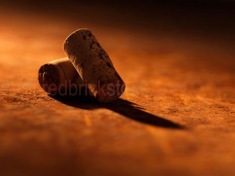 wine;wines;cork;corks;restaurant;restaurants;dine;dining;cafe;cafes;two;pair;pairs;shadow;shadows;wine;wines;warm tone;warm tones;golden tone;golden tones;orange;oranges;color orange;colour orange;selective focus