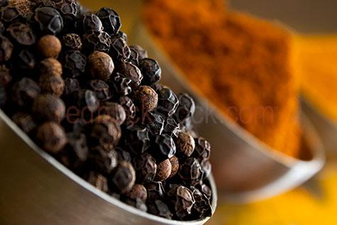 black peppercorn;black peppercorns;black pepper corn;black pepper corns;peppercorn;peppercorns;pepper corn;pepper corns;pepper;peppers;ingredient;ingredients;herbs and spices;herbs & spices;herb;herbs;dried;dry;uncooked;whole;raw;raw food;raw foods;seasoning;seasonings;wrinkled;wrinkle;wrinkles;spices;spice;selective focus;flavour;flavor;flavours;flavor;flavouring;flavoring;flavourings;flavorings;copy space;copyspace;text space;textspace;close up;close ups;close up's;close up view;close up views;close up view's;close-up;close-ups;close up;close ups;closeup;closeups;close-up view;close-up views;closeup view;closeup views;close-up views;close-up view's;close up views;closeup views;bowl;bowls;bowl of peppercorns;bowl of black peppercorns