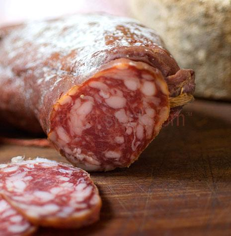 ingredient;ingredients;prepared;cured;uncooked;meats;meat;charcuterie;salamis;salami;sausage;sausages;dry sausage;dry sausages;natural;whole;preserved;preserve;pork;close-ups;close-up;close ups;close up;slice;slices;sliced;saucisson;cuts;cut;french;france;french food;cut meat;cut meats;cured sausage;cured sausages