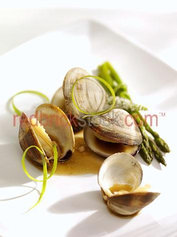 clams;clam;seafoods;seafood;shellfish;shell fish;round;shells;shells;sea food;fresh;ingredients;ingredient;meal;meals;dish;dishes;restaurant;restaurants;dine;dining;dining out;cafe;cafes;lunch;lunches;dinner;dinners;plated food;plate;plates;prepared dish;prepared dishes;portions;portion;prepared;serving;servings;starter;starters;entree;entrees;appetiser;appetisers;appetizer;appetizers;cooked;cooked seafood;cooked clams