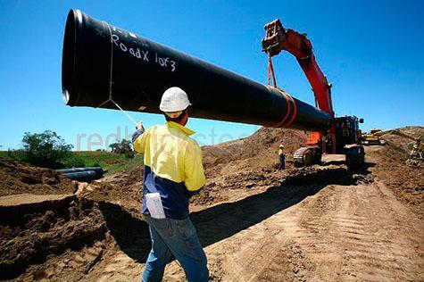pipe; pipes; industrial pipe; industrial pipes; laying pipe; laying pipes; pipe laying; laying industrial pipe; laying industrial pipes; industrial pipe laying; 