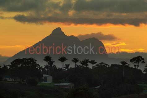 mt. warning;wollumbin national park;mt warning sunset;nsw;new south wales;northern nsw;northern nsw hinterland;mountain;mountains;national park;national parks;australia;australian;and;+;&;AGJS2838