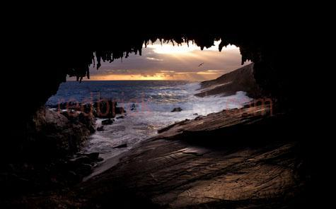 seascape;seascapes;sea;seas;ocean;oceans;rock;rocks;rocky;rocky foreshore;ocean rocks;wave;waves;waves breaking;breaking waves;crashing waves;waves breaking on rocks;rocky shoreline;rocky shorelines;shoreline;shorelines;rock arch;rocky arch;arch;arches;archway;archways;ocean sunset;seascape sunset;silhouette;silhouetted;bird;seabird;seabirds;sea birds;sea bird;seagull;seagulls;seagull sunset;seagull flying;beach;beaches;light rays;sunrays;sun rays