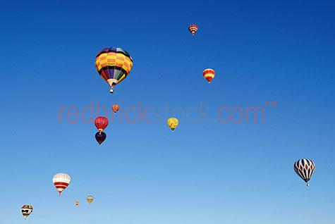 hot;air;balloons;balloon;fly;flight;flying;sky;skies;blue;recreation;leisure;float;floating