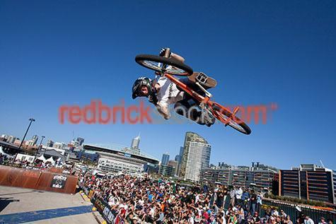 bma;bike;bikes;biker;bicycle;bicycles;crowd;crowds;melbourne;victoria;vic;australia;docklands;telstra stadium;telstra dome;docklands stadium;stadiums;event;events;sport;sports;extreme sport;extreme sports;jump;jumps;biking;helmut;helmuts;stunt;stunts;trick;tricks;person;people;outdoor;outdoors;outside;athlete;athletes;action;freestyle