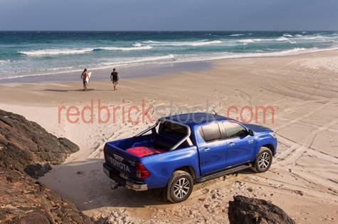 toyota sr5 dual cab ute;toyota ute;toyotas;ute;utes;4wd;4wd's;4 wheel drive;4 wheel drives;four wheel drive;four wheel drives;4x4;4x4 ute;4x4 driving;4x4's;double cab;double cab ute;double cab 4x4;toyota double cab ute;4 wheel driving;four wheel driving;suv;suv's;driving on the beach;beach driving;beach;beaches;surfing;surfers;going for a surf;going for surf;going surfing;two men surfboards;surfers walking on beach;surfer carrying surfboard;surf;surf board;surf boards;australia;australian;and;+;&;IMG_4740