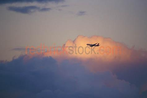 airliner;airlines;plane;aeroplane;jet;passenger;travel;aircraft;