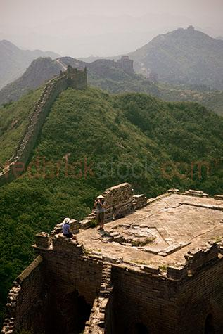china;chinese;asia;asian;oriental;great wall;wall;walls;fortress;fortresses;stone;stones;tourist destination;tourist destinations;holiday destination;holiday destinations;vacation;vacations;walk;walks;walking;trek;treks;trekking;tourism;brick;bricks;mountain;mountains;mountainous;fortification;landmark;landmarks;icon;icons;iconic;building;buildings;structure;structures;tourist;tourists