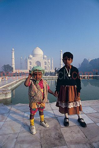 two;young;children;child;kis;kids;india;indian;taj mahal;travel;travelling;people;looking at the camera;cultural;culture;history