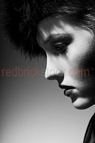 profile of beautiful woman;women;girl;black and white;b&w;close up;close-up;woman looking down;person;young woman;portrait;fashion;beauty;beautiful;elegant