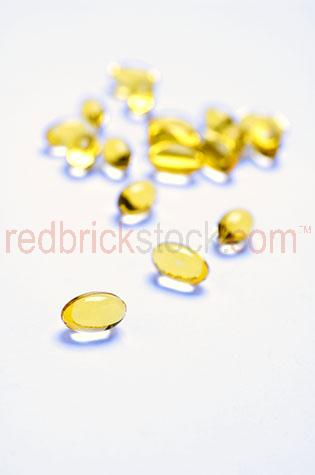 pill;pills;tablet;tablets;supplement;supplements;medication;medications;vitamin;vitamins;medicine;medicines;pharmacy;pharmacies;illness;painkiller;painkillers;treatment;treatments;healthcare;health care;capsule;capsules;pharmacuetical;pharmacueticals;antibiotic;antibiotics;dosage;dosages;white background;white backgrounds;on white;selective focus;dietary;diet;diets;health;healthy;medical;prescription;prescriptions;drug;drugs;medical assistance;cure;cures;multivitamin;multi-vitamin;multivitamins;multi-vitamins;cod liver oil;cod liver oils