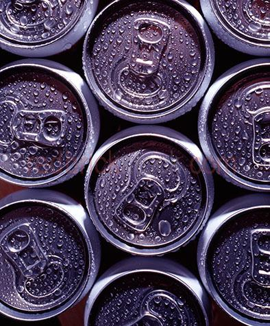 soft drink;soft drinks;soda pop;soda pops;carbondated;fizzy;sugar;sugary;can;cans;aluminium;aluminium cans;aluminium can;metal;metals;drink;drinks;beverege;beverages;background;backgrounds;pattern;patterns;unhealthy;junkfood;junk food;junkfoods;junk foods;bad diet;bad diets;droplet;droplets;condensation;recycle;recycles;recycling