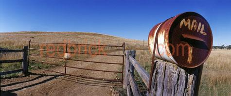 farm;gate;mail;letter;box;panorama;blue;sky;dry;grass;rural;fenc;