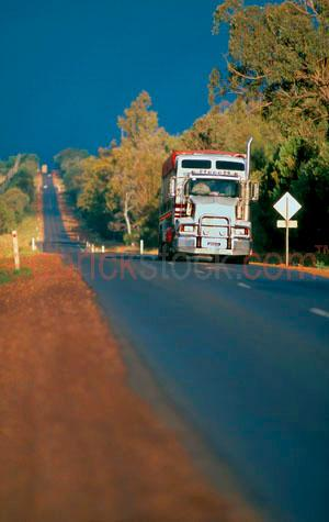truck;road;roads;semi trailer;prime;mover;outback;highway;Australia;trucks;transport;trannsportation;high way;country