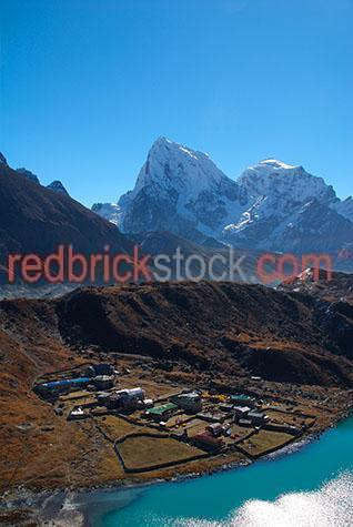 scenics;scenic;travel;travels;travelling;traveling;travelled;traveled;landscapes;landscape;himalaya;himalayan;himalayas;mountains;mountain;mountainous;lake;lakes;3rd lake;third lake;cholatse;tabuche;taboche;kangtega;thamserku;mount;mt;mounts;trails;trail;trek;treks;trekking;trekked;trekker;trekkers;trekked;hike;hikes;hiking;hiker;hikers;adventure;adventures;adventuring;sunny;sunshine;blue sky;blue skies;clear day;nepali;nepal;nepalese;khumbu;himal;people;person;two people;2 people;figure;figures;rock;rocks;rocky;asia;asian;south asia;copy space;copy spaces;text space;text spaces