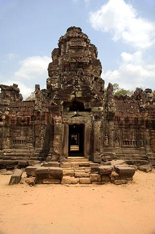 cambodia;asia;asian;siem reap;temples;temple;angkor wat;angkor thom;bayon temple;bayon temples;khmer;hindu;khmer architecture;architectural;city temple;city temples;city;cities;world heritage site;world heritage sites;ancient;historical;building;buildings;sandstone;oriental;overgrown;over grown;structure;structures;ancient civilisation;ancient civilization;entrance;entry